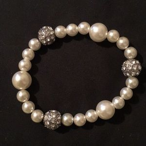 Diamond and peal bracelet